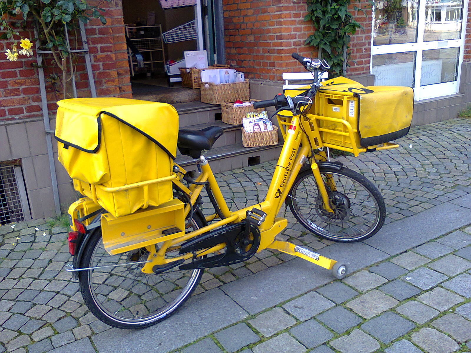 Deutsche Post delivery E-bike
