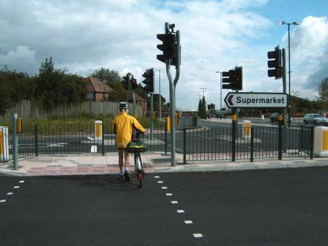 Crossing on Northfield bypass
