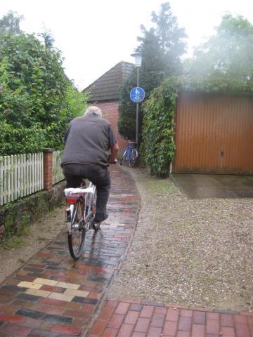 Footpath cycling