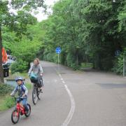 Woman and child cycling in Erlangen