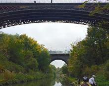 Galton bridge from below